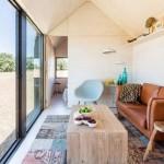 Sử dụng cửa sổ lớn khi thiết kế nhà nhỏ