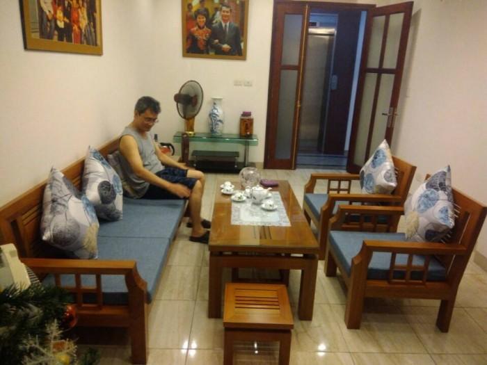 Làm đệm ghế gỗ tại Nguyễn Văn Cừ, Long Biên