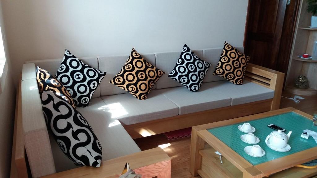 Bộ đệm ghế gỗ phòng khách tại Yên Nghĩa, Hà Đông