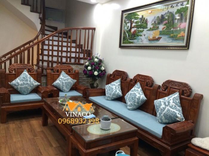 Bộ đệm lót ghế gỗ cho nhà cô Hương đã hoàn thành