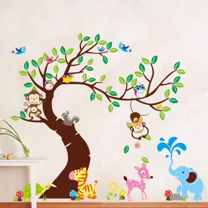 Mẫu giấy dán tường ngộ nghĩnh giúp tăng tư duy của trẻ
