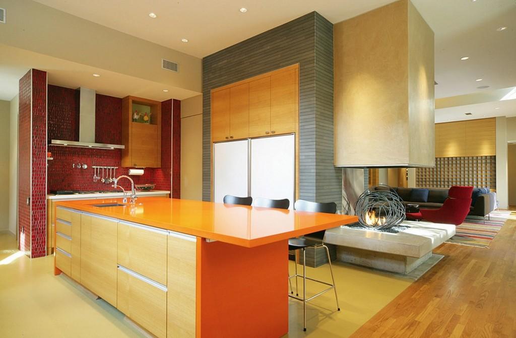sự kết hợp ba màu vàng đỏ cam sẽ làm nhà bạn không chỉ ấm mà còn rất hợp thẩm mĩ