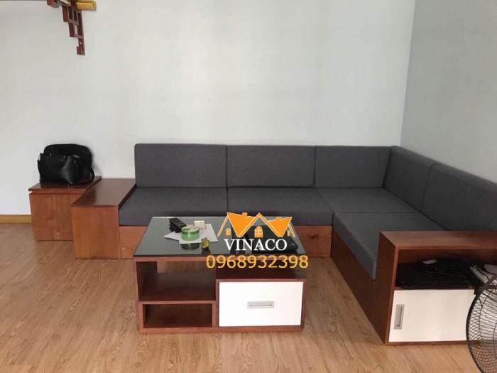 Bộ đệm ghế sofa gỗ L đã hoàn thành cho gia đình tại Lạc Long Quân