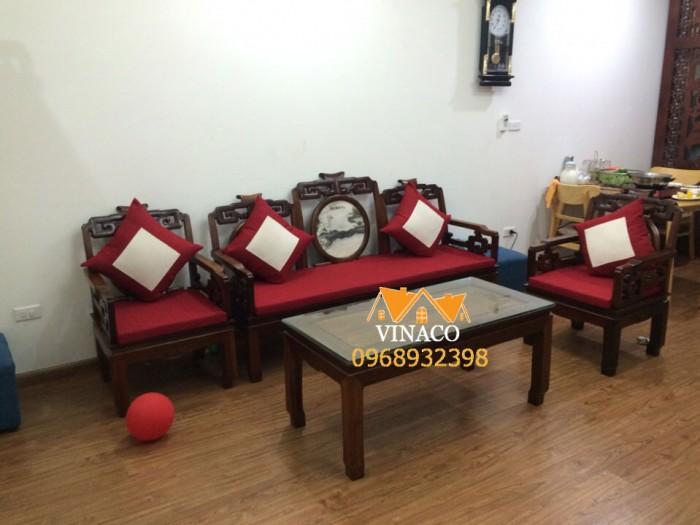 Bộ đệm ghế sofa gỗ giả cổ màu đỏ đã được hoàn thành