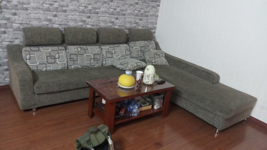 Bộ ghế sofa cũ của gia đình chú Kiệm ở Vimeco Nguyễn Chánh