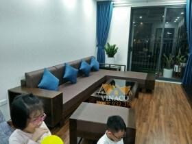 Bộ đệm ghế sofa góc L bằng da được giao đến tận nhà miễn phí cho gia đình chị Hằng