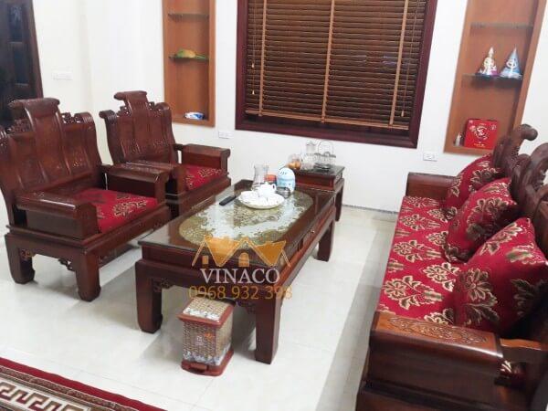 Bộ đệm ghế với các hoa văn cổ điển óng ả