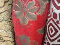 Mẫu vải đỏ họa tiết chỉ bạc