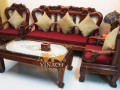 Bộ đệm ghế này được kết hợp từ 2 loại vải là nỉ và nỉ nhung