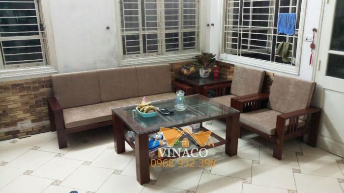 Mẫu đệm ghế nỉ nhung màu nâu đã được hoàn thành trước Tết cho gia đình ở Long Biên