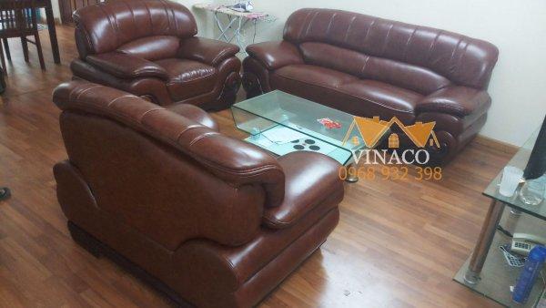 Chất da bóng bẩy sang trọng, dịch vụ bọc ghế sofa da đã thay đổi hoàn toàn bộ ghế này