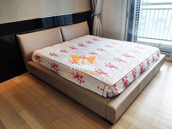Dịch vụ bọc giường ngủ, bọc đầu giường của Vinaco đã thay đổi hoàn toàn vẻ ngoài của chiếc giường này