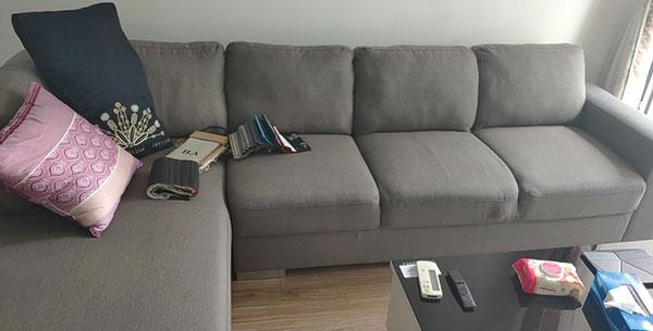 Bộ ghế sofa góc L của anh Quân ở khu đô thi Times City