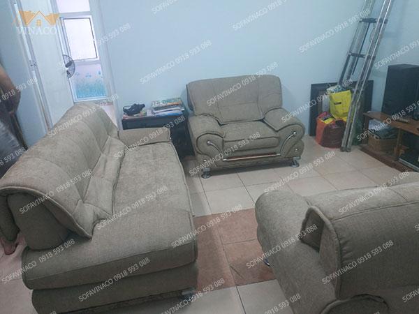 Dịch vụ bọc ghế sofa của Vinaco đã thay đổi hoàn toàn bộ ghế sofa cũ
