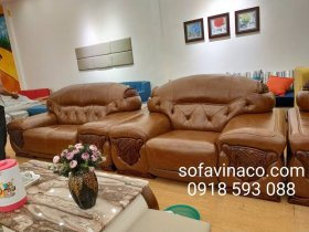 Bộ ghế sofa da ở Ngọc Lâm Long BIên đã được làm mới toàn bộ nhờ dịch vụ bọc ghế sofa da của Vinaco