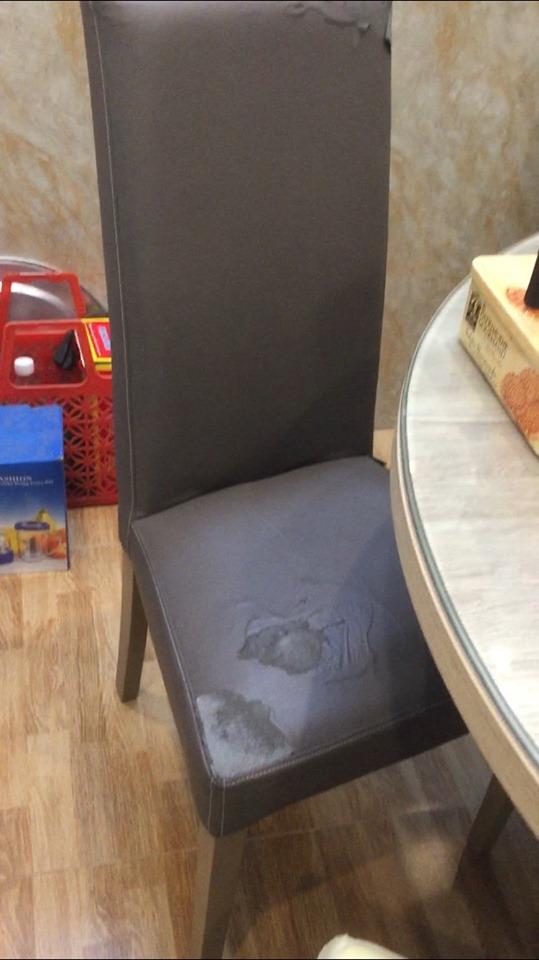 Dịch vụ bọc đệm ghế ăn của Vinaco sẽ thay đổi bộ ghế ăn này