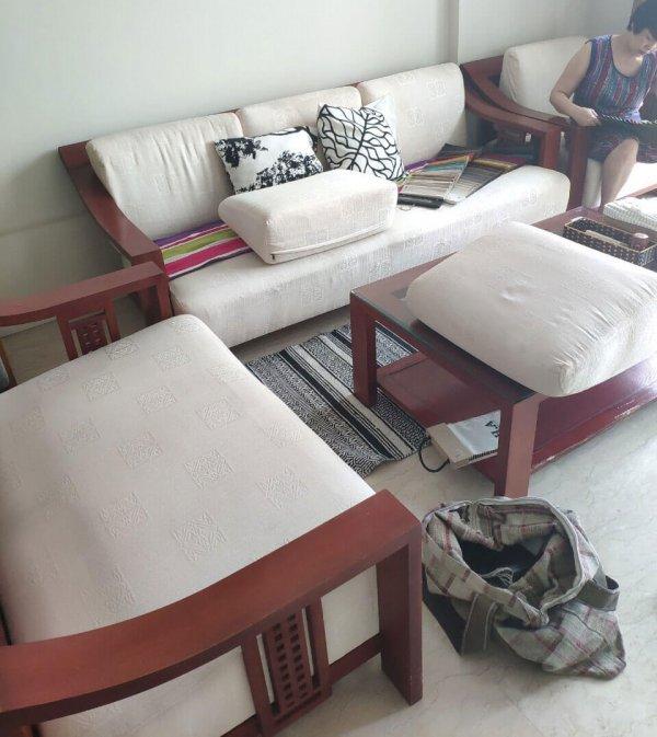 Bộ đệm ghế sofa của gia đình chị Hương ở khu đô thị Ciputra Tây Hồ