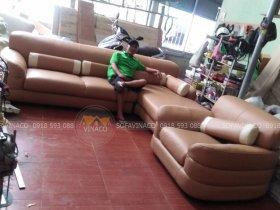 Bộ ghế sofa tại Tam Hiệp đã được bọc da sofa mới tại xưởng của Vinaco