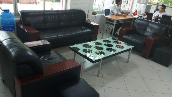 Bộ ghế sofa tại văn phòng Đông Anh