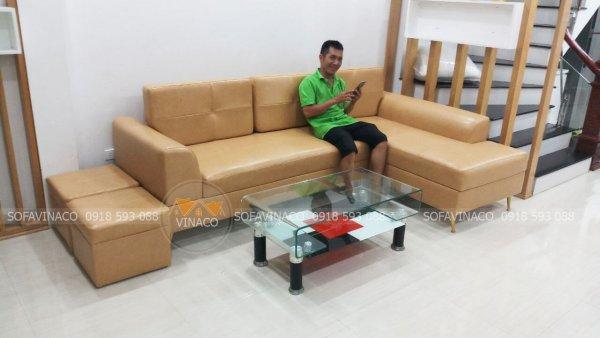 Dịch vụ bọc lại ghế sofa của Vinaco đã cải tạo màu sắc và chất liệu vỏ bọc của bộ ghế này