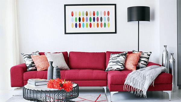 Sofa màu đỏ thể hiện sự tự tin của gia chủ