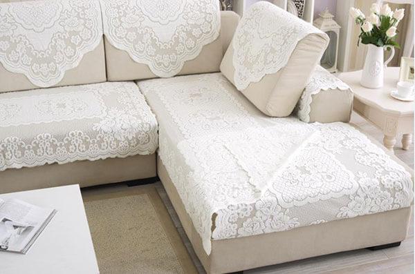 Màu ghế sofa cần phù hợp với phong cách thiết kế chung của ngôi nhà