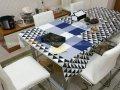 Cả bộ ghế ăn đã được làm mới toàn bộ nhờ dịch vụ bọc ghế ăn của Vinaco
