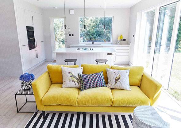 Ghế sofa màu vàng dành cho người mệnh Thổ