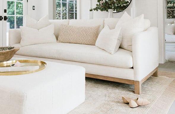 Người mệnh Kim hợp với bộ ghế sofa có màu trắng
