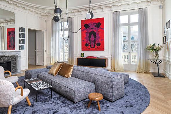 Ghế sofa cần có kích thước phù hợp với không gian cũng như bản mệnh của gia chủ