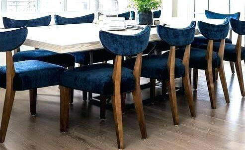 Đệm vải nhung phù hợp với những bộ bàn ăn mang phong cách cổ điển