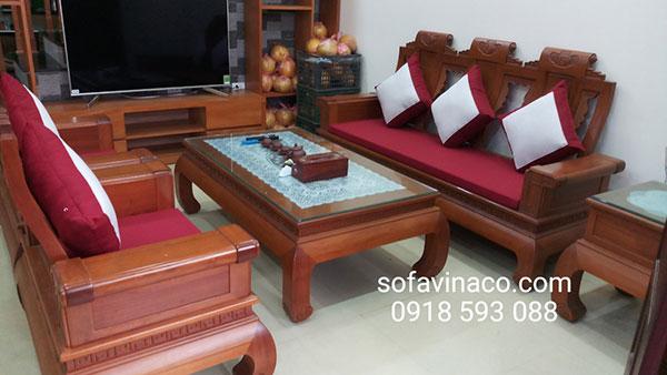 Đệm phù hợp với phong cách cổ điển của bộ bàn ghế gỗ đồng kỵ