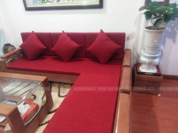 Bộ đệm ghế gỗ màu đỏ gồm đệm ngồi, đệm tựa và gối