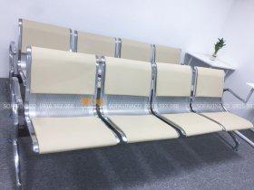 Bọc đệm ghế chờ bằng đệm mút và vỏ da đàn hồi co dãn tốt