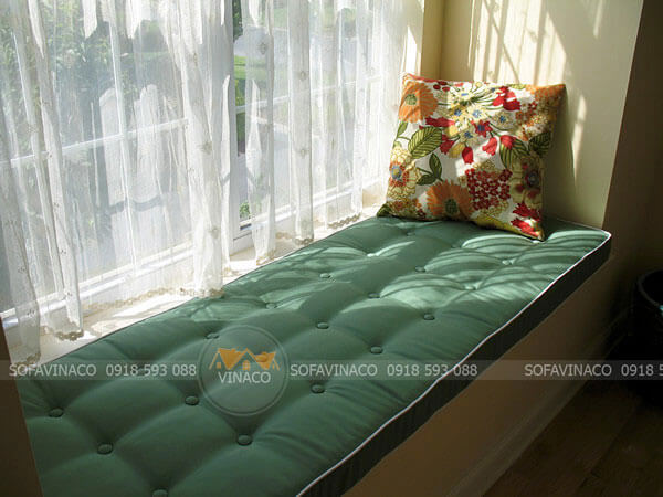 Vinaco có đủ các màu sắc và chất liệu làm đệm ngồi cửa sổ cho bạn chọn