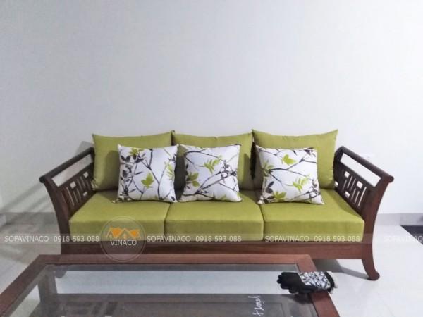 Bộ đệm ghế màu xanh rêu cho gia đình ở Hà Đông