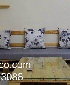 Bộ đệm ghế pallet kết hợp đệm màu ghi và gối hoa cùng màu