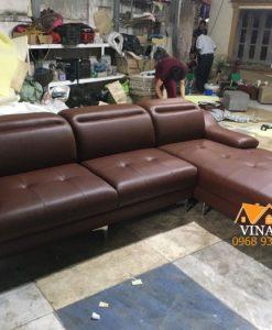 Bộ ghế sofa góc bằng da đã đóng xong tại xưởng