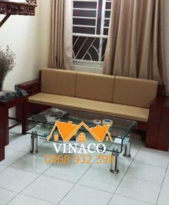 Bộ đệm ghế bông ép màu nâu vàng đã được giao đến cho chị Hiền ở Võ Chí Công