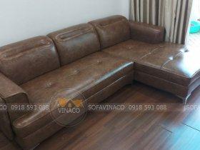 Bộ ghế sofa rách đã được bọc lại nhờ dịch vụ bọc ghế sofa của Vinaco