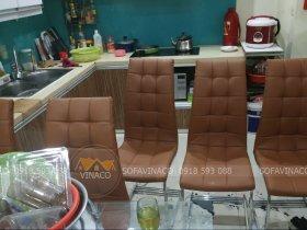 Bọc ghế ăn bằng da công nghiệp tại Khương Thượng, Thanh Xuân