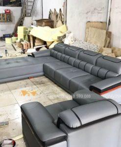 Bộ ghế sofa được đóng mới tại xưởng của Vinaco