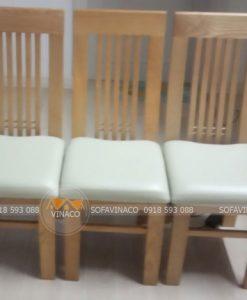 Bộ ghế ăn đã được bọc da cho cô Thoa ở chung cư Keangnam