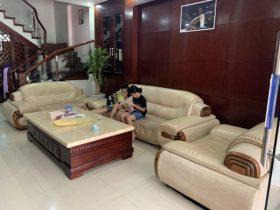 Bộ sofa bọc da thật của gia đình khách hàng anh Ân ở Nội Bài