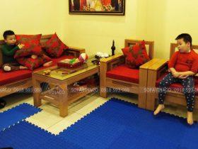 Bộ đệm ghế gồm đệm ngồi bông ép và gối lá phong đã giao đến Linh Đàm