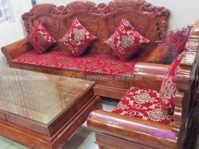 Bộ đệm ghế đông kỵ màu đỏ họa tiết cổ điển đã được làm xong cho anh Trường ở Xuân Đỉnh