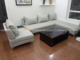 Dịch vụ bọc lại sofa của Vinaco đã thay một lớp da mới cho bộ ghế sofa này