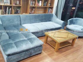 Bộ sofa da đã được bọc mới bằng vải nhung