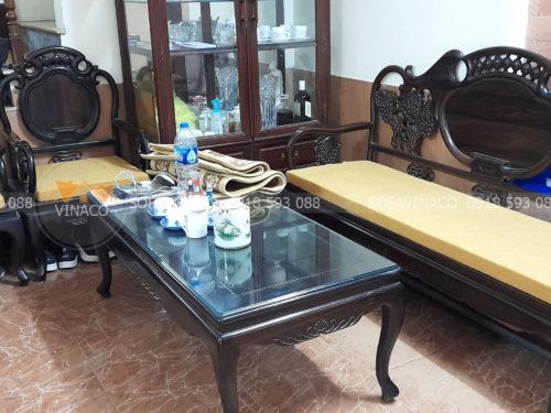 Bộ đệm ghế màu vàng đã được làm xong và giao tận nhà cho bác Hướng