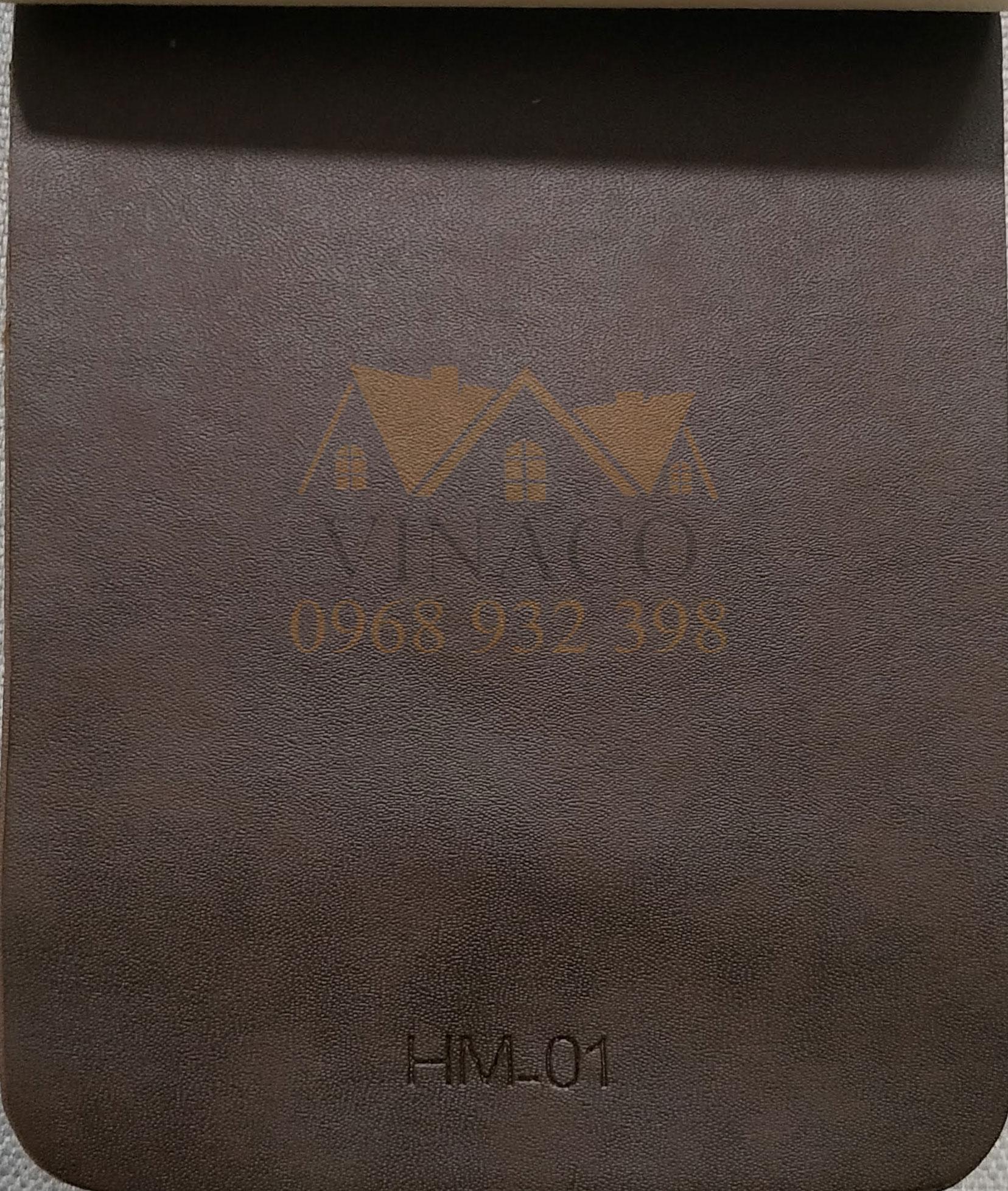 Các mẫu da bóng của quyển da Simili Mart